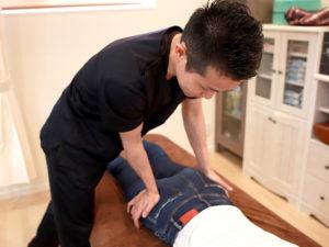 慢性腰痛改善施術